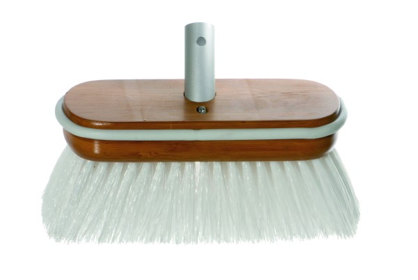 Brush Deluxe white hard with water flow-through